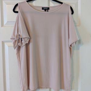 DKNY NWOT Open Shoulder Short Sleeve Blouse Pink